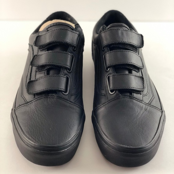 136643d3e0883 Vans Old Skool V Unisex Adults Trainers Black NWT